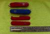 Набор накладок для перочинных ножей Victorinox (C.3600.3+C.3600.4) красный вид 4